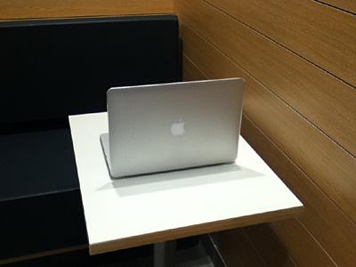 MacBook Airを買ったら欲しいアイテム